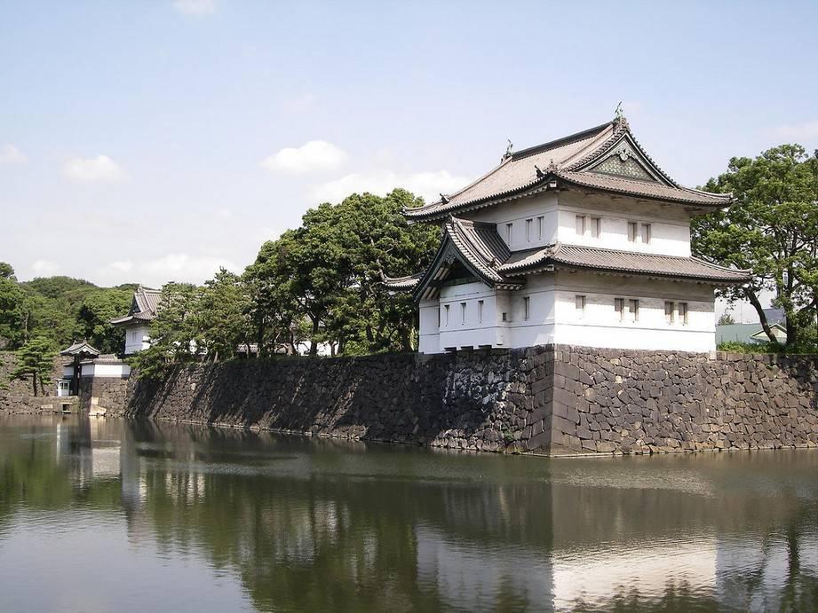 tour-nhat-ban-ngam-hoa-anh-dao cung dien hoang gia nhat ban Kokyo