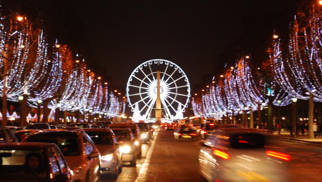 dai-lo-thien-duong-Champs Elysees