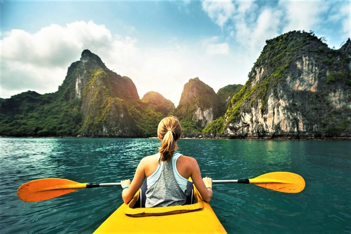cheo-kayak-vinh-ha-long